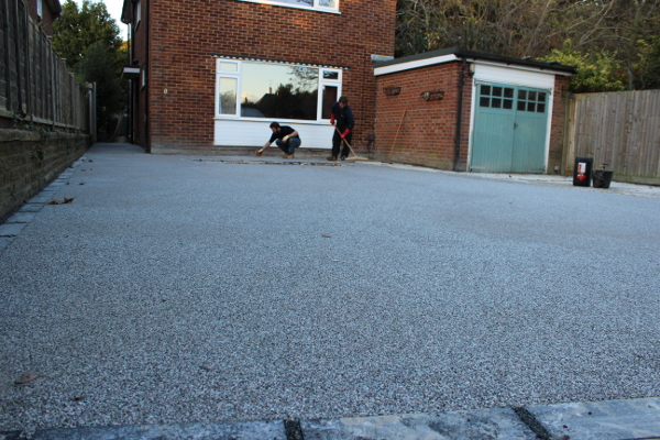 grey granite resin driveway 8ilex way goring west sussex 25 BN124UZ 2482