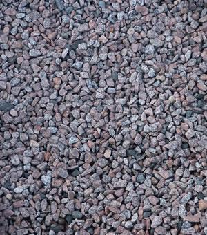 material red spar chippings