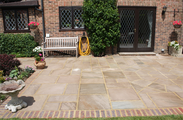 High Quality Pulborough Patio Indian Sandstone Edging Bricks